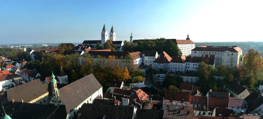 Berufliche Weiterbildung in Freising   - Erwachsenenbildung der CBZ-Gruppe : Deutschkurse und Integrationskurse